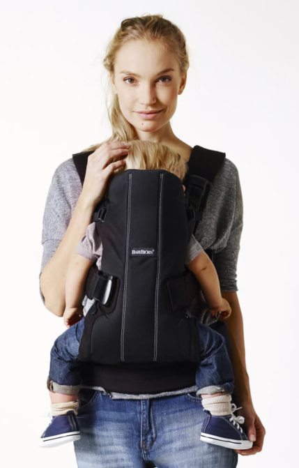 hip-friendly-baby-carrier-we-with-toddler-from-babybjorn